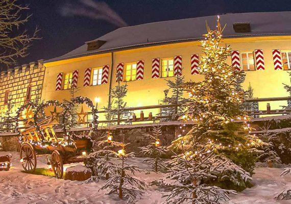 wufka-reisen-package-schloss-guteneck-weihnachtsmarkt